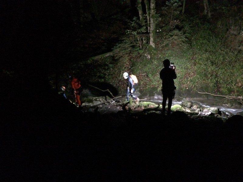 Canyoning de nuit : une aventure nature hors du commun 1
