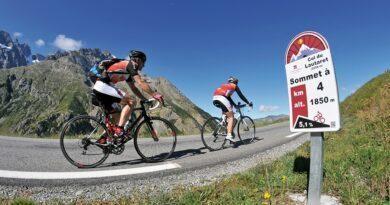 Montée du Col du Lautaret à vélo dans les Hautes-Alpes