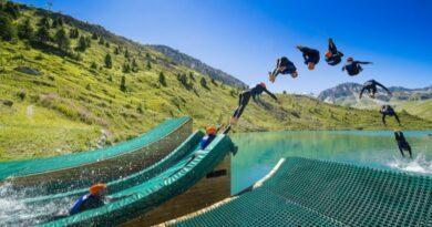 Hot jumping sur le site d'Acroland à Tignes.