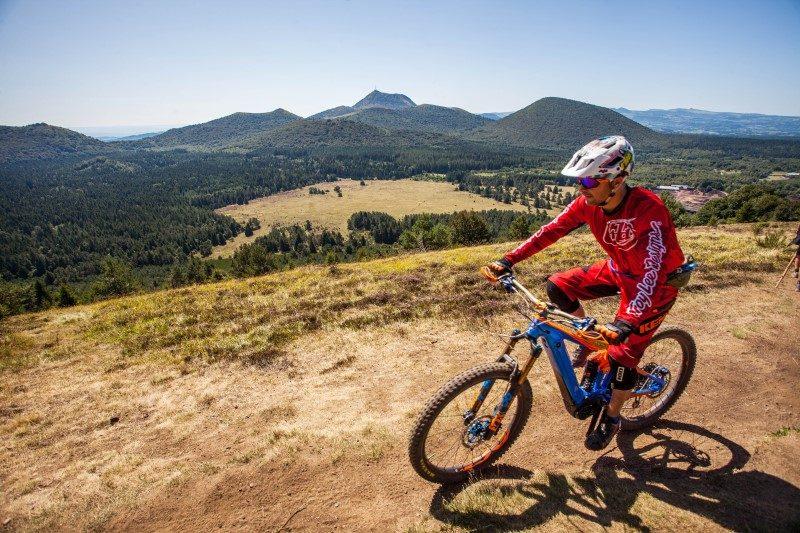 Tour de France 2020. Etape 13 : les volcans d'Auvergne en toile de fond 3