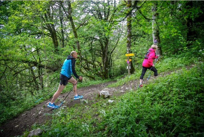 Trail, VTT et marche nordique : les bons plans proposés cet été en France par Outdoor Expériences by Rossignol 1