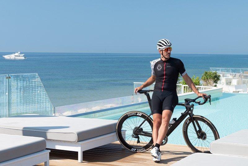 Fabian Cancellara joue les coachs cyclisme au Forte Village Sardaigne 1