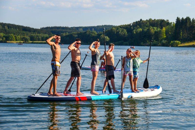 Le paddle, star de l'été, accessible en version gonflable 1