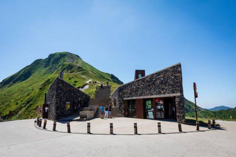 Tour de France 2020. Etape 13 : les volcans d'Auvergne en toile de fond 4