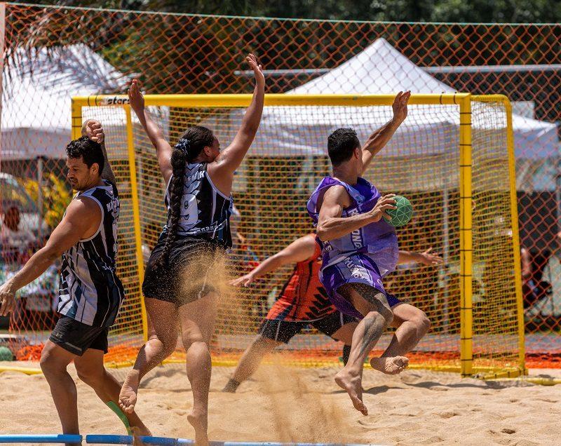 Et, pendant ce temps, aux îles Cook, on organise des « Jeux Olympiques » 1