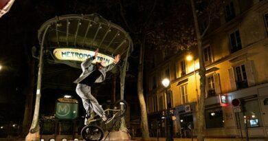 VIDEO- Matthias Dandois, champion du monde de BMX, nous fait découvrir un Paris jamais vu dans des spots « carte-postale » 3
