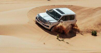Abu Dhabi lance une série d'itinéraires hors-pistes pour découvrir le désert