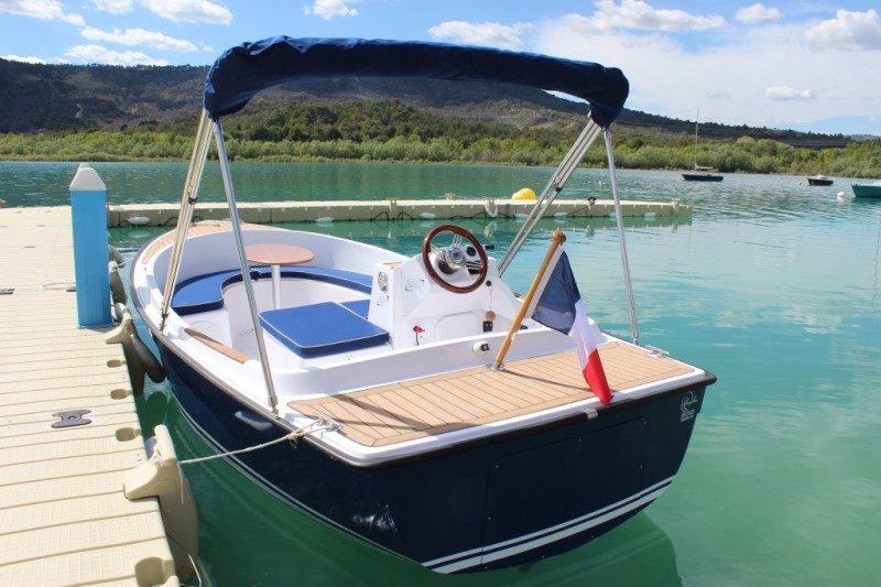 Ruban Bleu promet les plus beaux paysages de France en bateau électrique 4