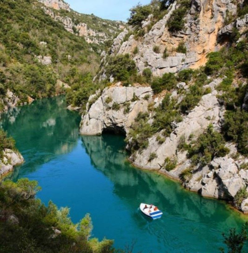 Ruban Bleu promet les plus beaux paysages de France en bateau électrique 2