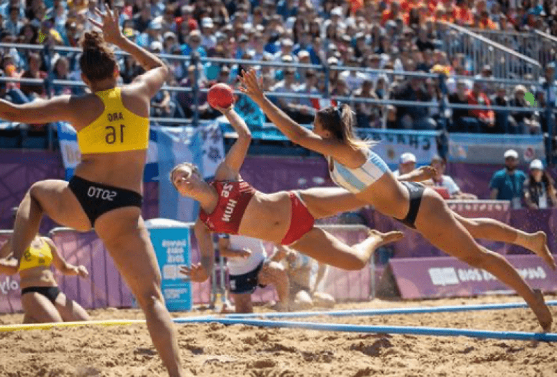 Le Beach Handball débarque cet été sur la plage de Lacanau 1