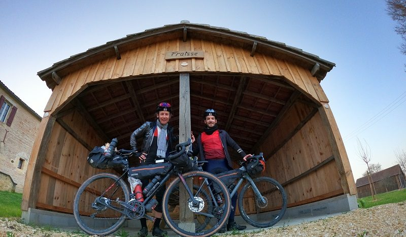« J'ai réussi à suivre l'ultracycliste Axel Carion » 2