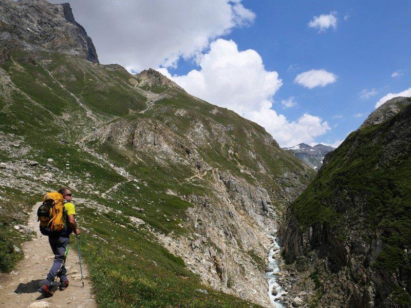 D'une frontière à l'autre en marchant avec le trek nature Grand Paradis Vanoise 1