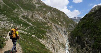 D'une frontière à l'autre en marchant avec le trek nature Grand Paradis Vanoise 7