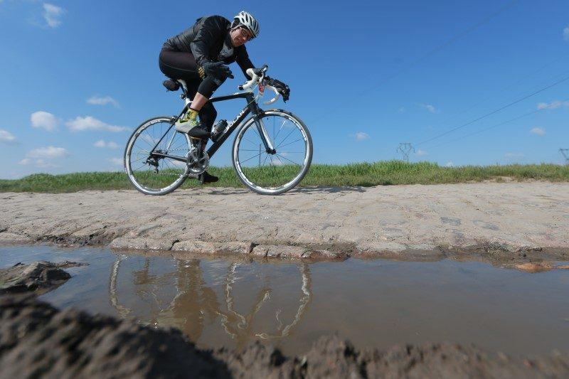 Paris-Roubaix fait son retour, avec pour la première fois une course femmes 1